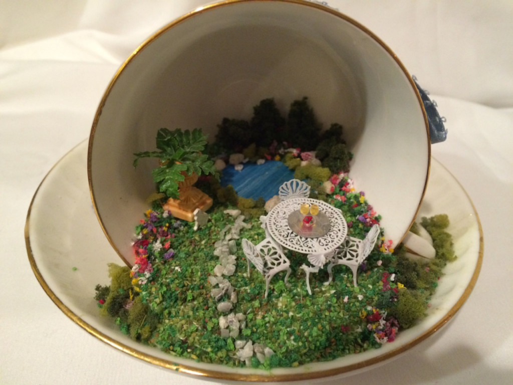 Miniature Inside A Tea Cup by MiniEstates (via)